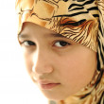 Sad covered muslim girl — Stock Photo