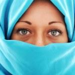 Young beautiful muslim woman — Stock Photo