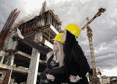 Vinç ve bina inşaat alanı — Stok fotoğraf