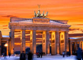 Berlin brandenburger tor winter sunset — Stock Photo