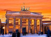 Puerta de brandemburgo berlín puesta de sol de invierno — Foto de Stock