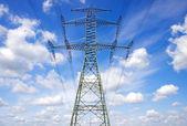 énergie électrique de pylônes — Photo