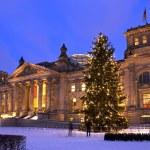 Reichstag weihnachten berlin — Stock Photo #27261173