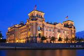 Reichstag berlin night — Stock Photo