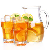 Fresh and cold ice tea with lemon and mint — Stock Photo