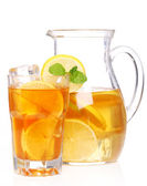 Fresh and cold ice tea with lemon and mint — Foto de Stock