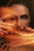 Kvinna med konstnärlig makeup — Stockfoto