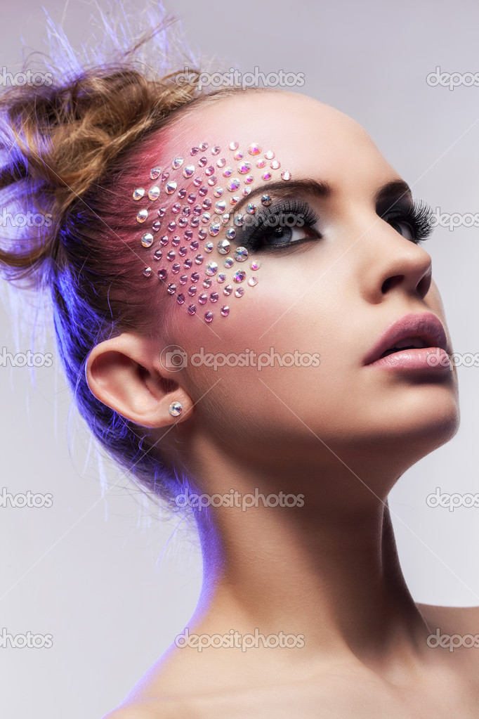Maquillage fantaisie femme - Pinceaux de maquillage pas cher ...