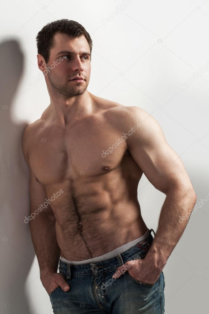 Голый торс мужчины фото
