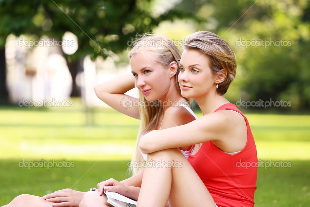 Две девочки имеют друг друга фото фото 411-138