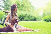 Beautiful girl having picnic — Stok fotoğraf