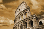 Colosseum famous in Rome — Stock Photo