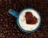 Coffee heart on cappuccino — Stock Photo