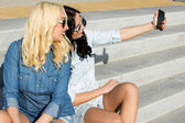 Best friends taking selfie — Stock Photo