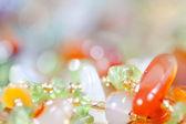 Färgade stenar i smycken — Stockfoto