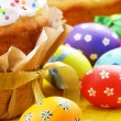Easter eggs and cake — Stock Photo #13366159