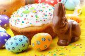 Huevos de pascua, torta — Foto de Stock