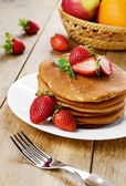 Ready to eat pancakes with strawberry — Stock Photo