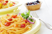 Spaghetti marinara pasta salad — Stock Photo
