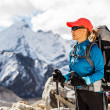 Woman hiking in mountains — Stock Photo