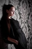Genç ve güzel kadın — Stok fotoğraf