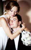 Young couple in a wedding day — Stock Photo