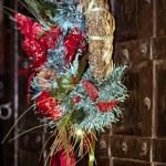 Christmas wreath on the door — Stock Photo