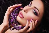 Fashion woman with jewelry precious decorations. — Stock Photo