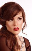 Portrét krásné mladé ženy s make-upem — Stock fotografie