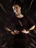 Módní žena náušnice s — Stock fotografie