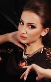 珠宝项链的女人 — 图库照片