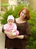 Madre con bebé — Foto de Stock