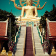 Big golden Buddha statue. Thailand — Stock Photo