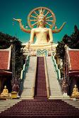 Big golden Buddha statue. Thailand — Stock Photo