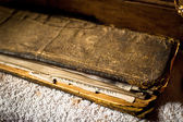 Buddhist prayer book at Tibetan Spituk monastery — Stockfoto