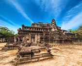 Panorama view of Baphuon temple at Angkor Wat complex, Siem Reap, Cambodia — Stock Photo