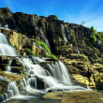 Tropical rainforest landscape with Pongour waterfall. Da Lat, Vietnam — Stock Photo #45965081