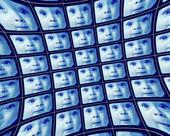 Förvrängd blå videoskärmar som visar ansikte en baby — Stockfoto
