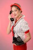 老式电话的女人 — 图库照片