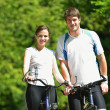 Young couple jogging — Stock Photo