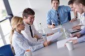 Negócios em uma reunião no gabinete — Foto Stock