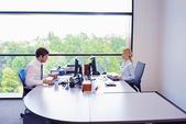 Obchodní schůzky v kanceláři — Stock fotografie