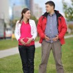 casal feliz ao ar livre — Foto Stock #16027169