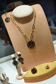 Jewelry store indoors — Stock Photo