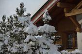 Cabaña alpina en invierno — Foto de Stock