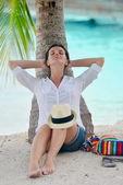 Woman enjoy summer vacation — Stock Photo