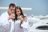 Couple at yacht — Stock Photo