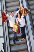 Couple shopping — Photo
