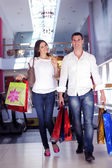 Coppia shopping — Foto Stock