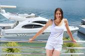 Woman at luxury yacht — Stock Photo